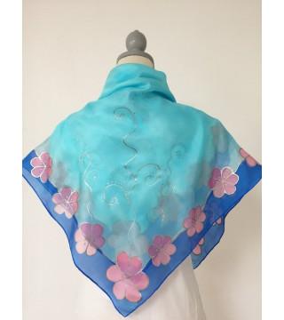 Selyemkendő kék, rózsaszín virágokkal, nagy