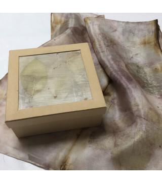 Növényi nyomatos kendő dobozzal, ecoprint szett