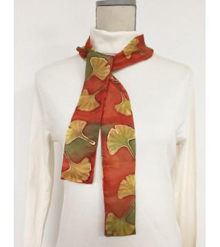 Gingko leveles, őszi árnyalatú selyem csíksál