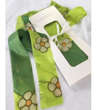Tavaszi hangulatú selyem csíksál, zöld