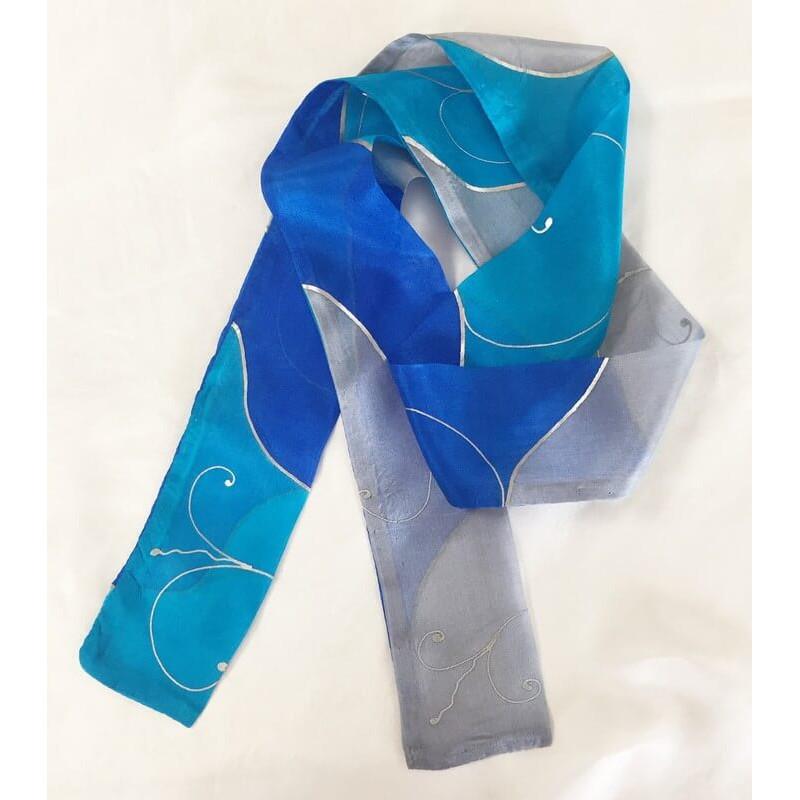 Kék és szürke selyem csíksál